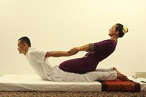 masaje-thai-yoga